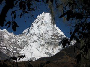 Viki Grošelj Nepal Veriga
